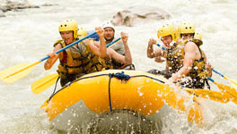 Mixed weekend package deal in in Prague, White Water Women
